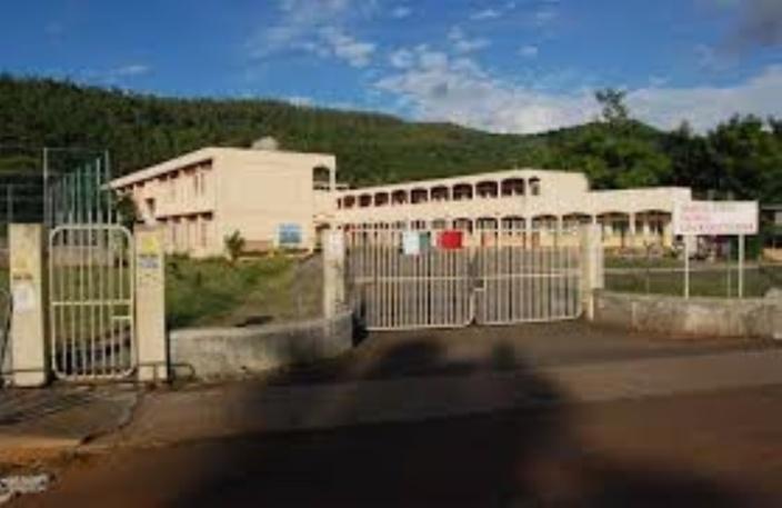 Des élèves à Terre-Rouge pris de malaise après avoir été vaccinés