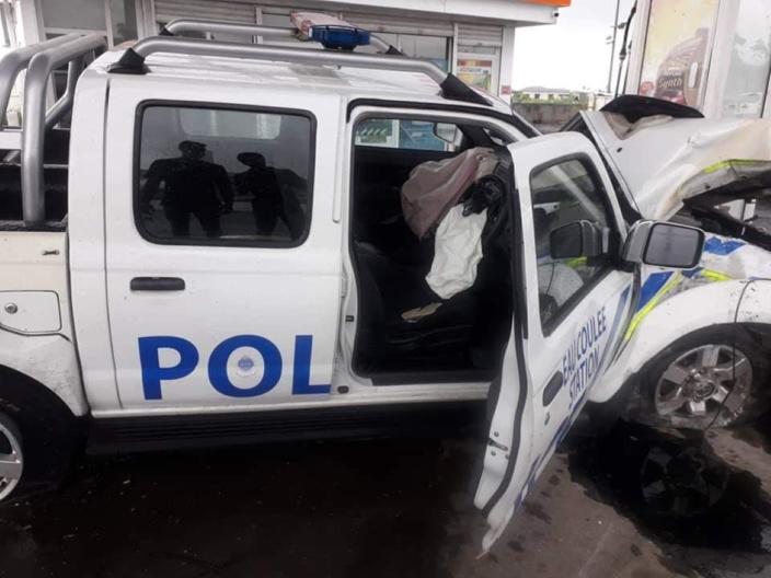 Photo illustration, accident à Wooton impliquant un policier et bilan d'un mort.