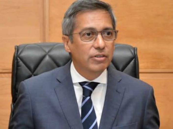 Xavier Duval condamne avec force la suspension du permis de Top FM