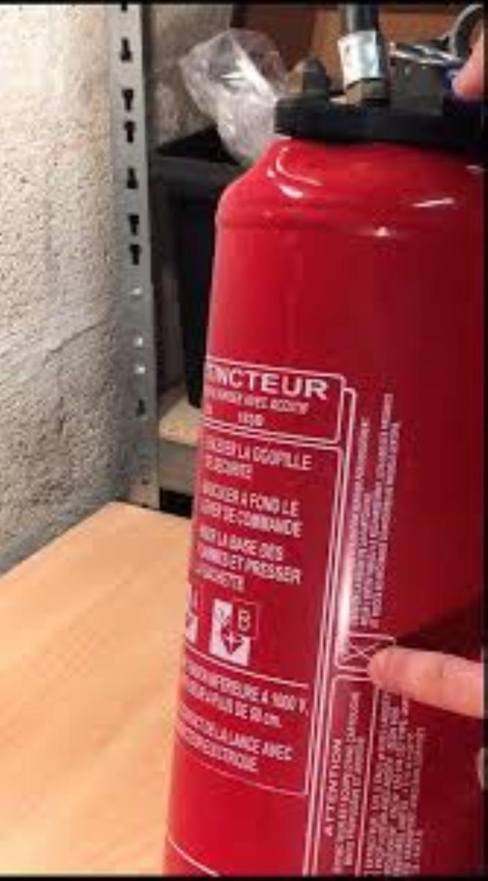 Caserne de Curepipe : Un policier de la Special Support Unit arrêté pour le vol d'un extincteur