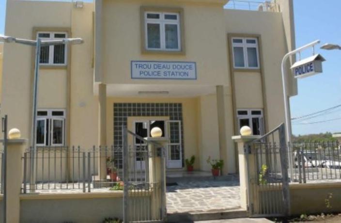 Pendaison en cellule policière de Trou-d'eau-Douce