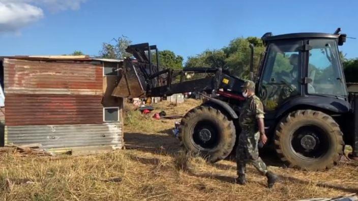 Fabrice David s'émeut de l'opération démolition à Pointe-aux-Sables