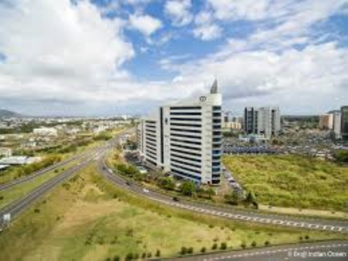 Le Car Park Tower à Ebène au coût de Rs 400 millions livré d'ici 15 jours