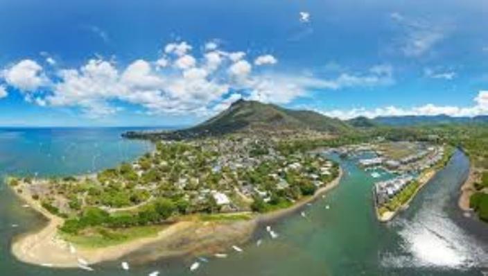 Budget 2020-2021 : Ce n'est pas le passeport mauricien qui est vendu aux étrangers, mais le pays