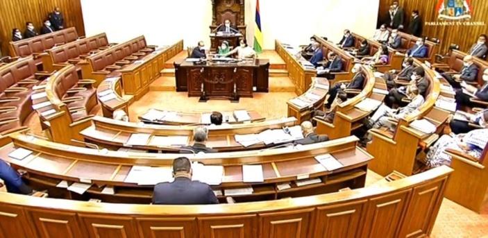 Budget 2020-21 : Summing-up de Padayachy en l'absence de l'opposition