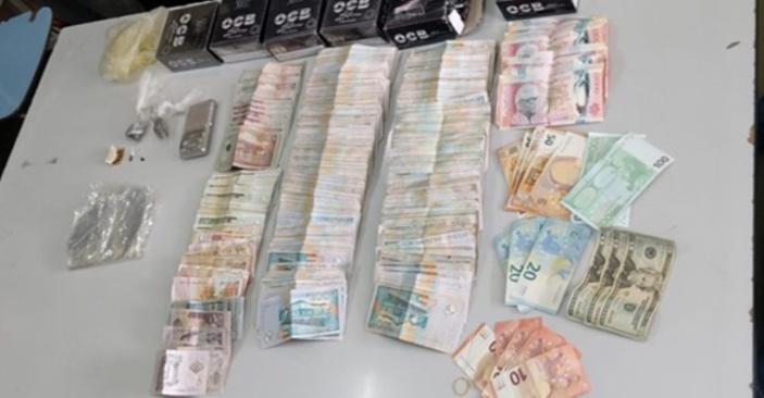 Trafic de drogue à Roche Bois : Saisie de Rs 1,3 million de cash et du cannabis