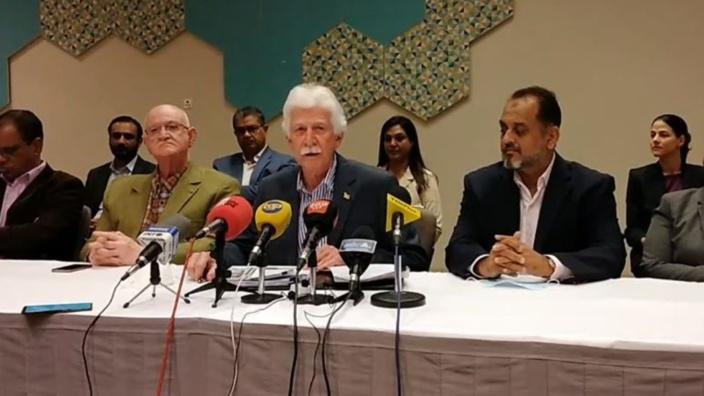 Bérenger lance trois défis et une accusation de campagne communale contre le gouvernement