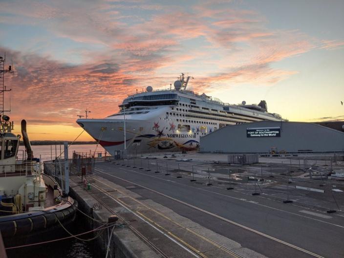 Angleterre : 400 Mauriciens toujours bloqués sur le bateau de croisière Majesty of the Seas