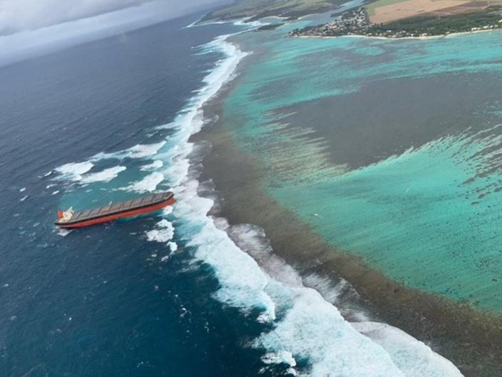 Wakashio échoué à Pointe d'Esny : Il y a des risques de déversement d'huile