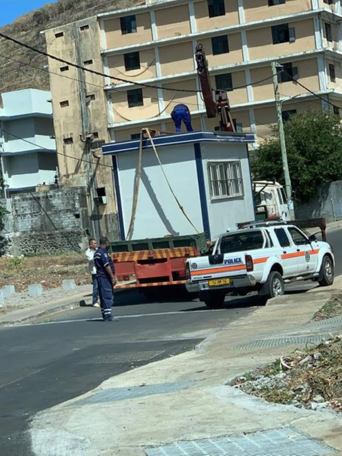 Petit poste de police à La Cure