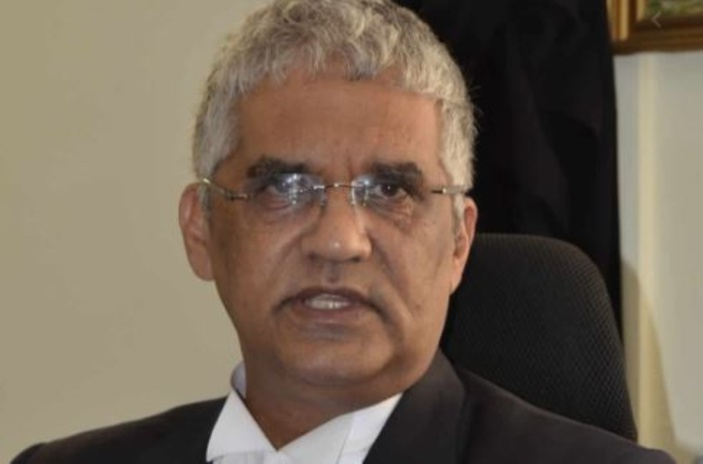 Valayden demande au DPP de faire appel dans l'affaire Toofanny