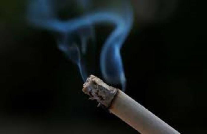 Les fumeurs passent à la caisse
