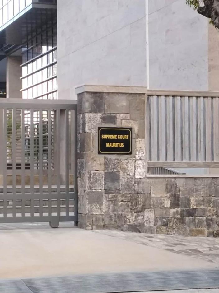 New Supreme Court : le chef juge Asraf Caunhye satisfait