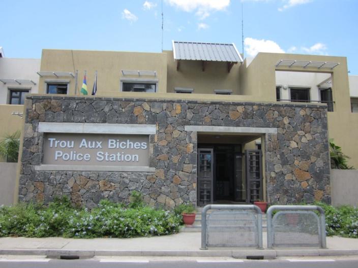 Pointe-aux-Piments: vol à l'arraché sur une dame de 63 ans, bon réflexe d'un policier