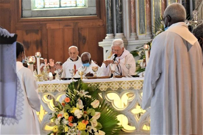 « Noël solidaire » demande le cardinal Maurice Piat
