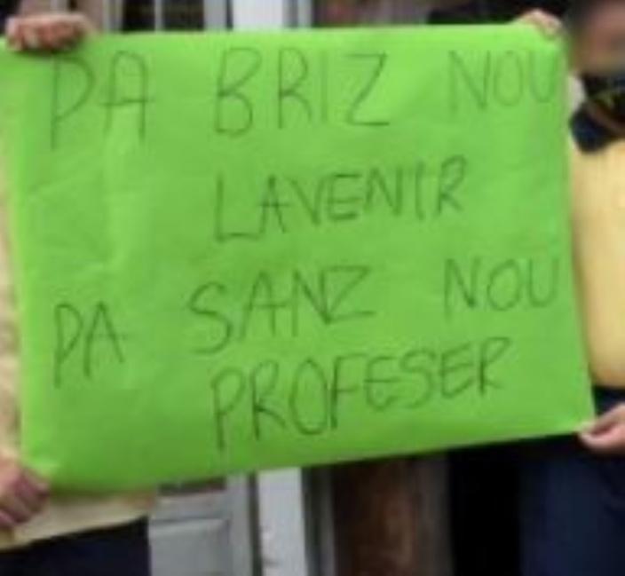 Transfert d'un enseignant: Des parents en colère à l'école Raoul Rivet
