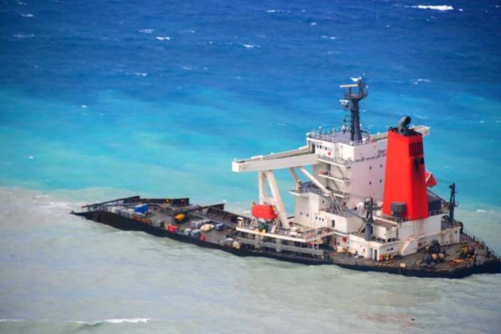 C'est fin février que la poupe du Wakashio disparaîtra des eaux mauriciennes