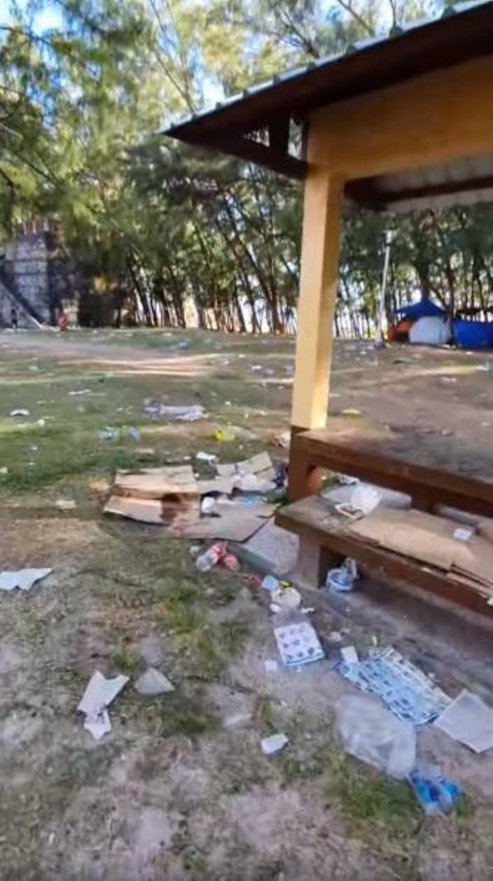 [Vidéo] La plage de Belle-Mare transformée en dépotoir à ciel ouvert