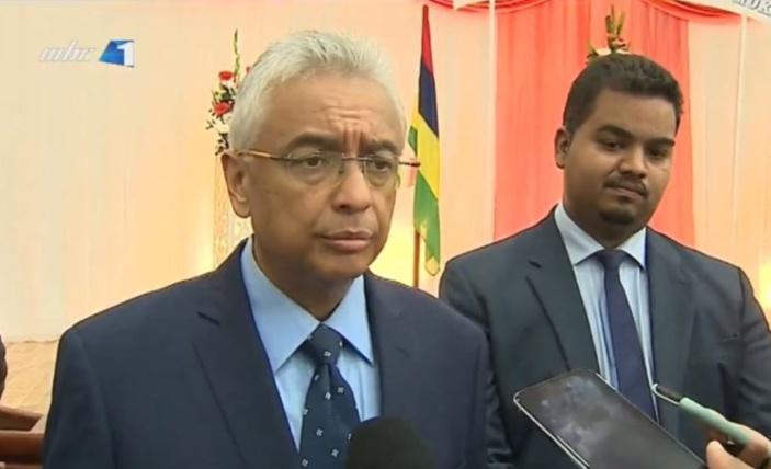 Le gouvernement garde le contrôle de six des sept Conseils de district