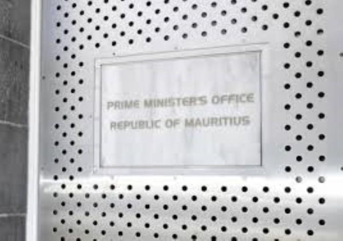 Beaucoup d'agitation au Prime Minister's Office...