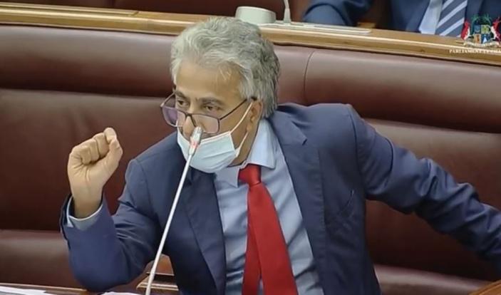 Boolell retourne au Parlement mais ne pourra pas poser de PNQ