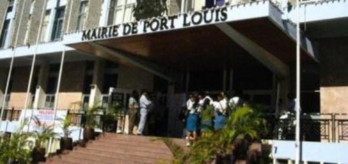 L'argent de la mairie de Port-Louis se trouve à la BanyanTree Bank