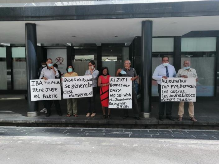 Suspension de la licence de Top fm: Manifestation devant le siège de l'IBA ce lundi
