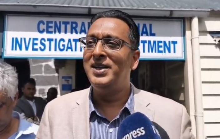Bhadain : « Radio Plus fait le jeu de Lakwizinn »