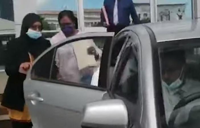 Conflit d'intérêts à l'IBA: Choomka en état d'arrestation