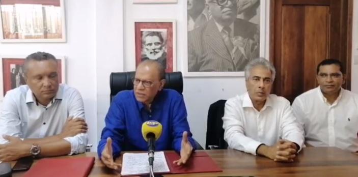 Navin Ramgoolam trouve suspect le décès de Manan Fakoo et tacle le commissaire de police