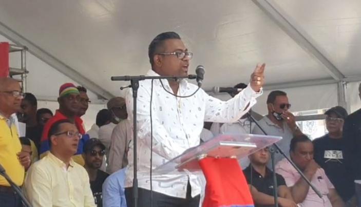 Affaire Okeeb : « Il y a eu 11 appels entre Fakoo et un haut gradé de la police »