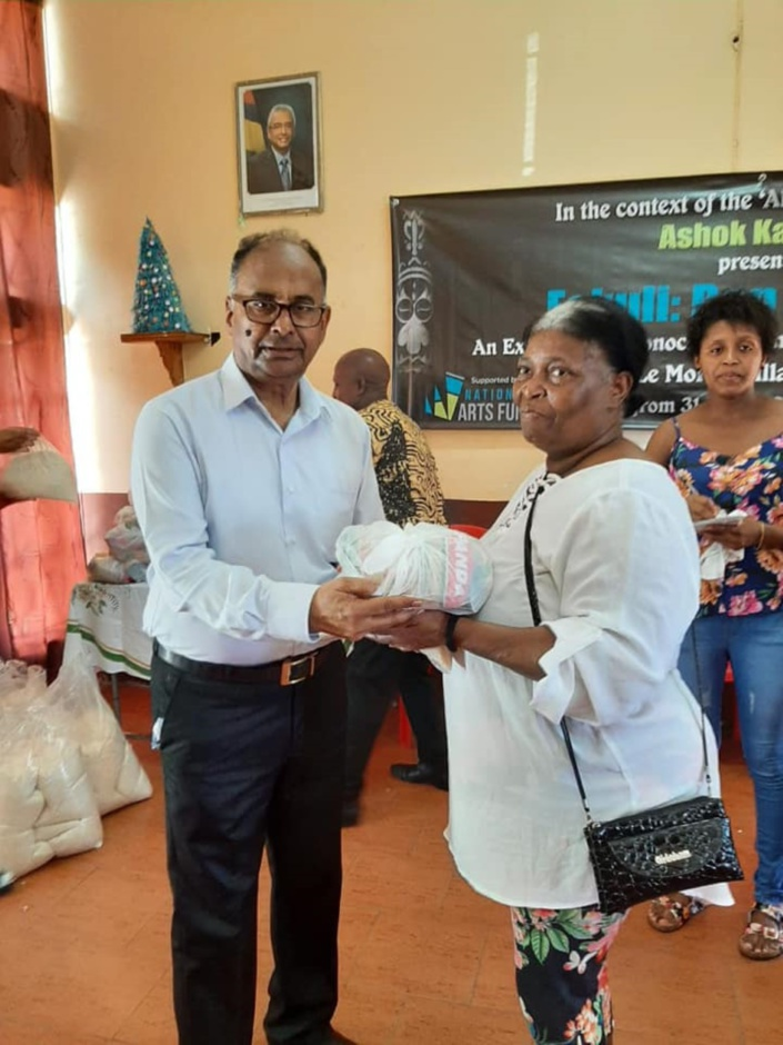 Les citoyens Mauriciens vu par la majorité gouvernementale : «contan palabres…», «insignifiants», «ingrats»
