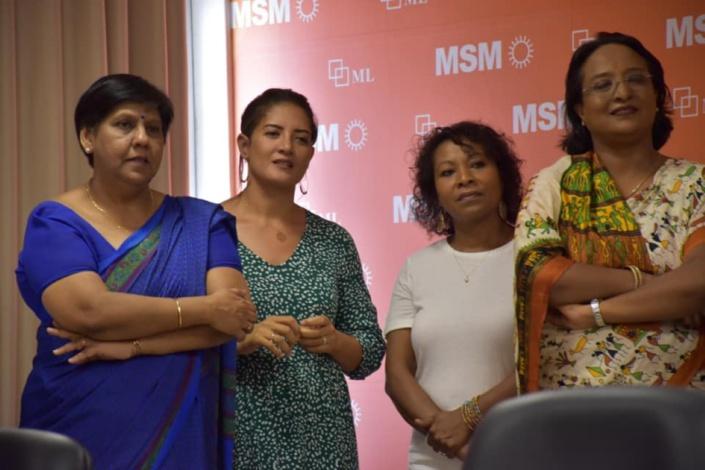 Joanne, Sandra, Navina et consorts réaffirment leur «solidarité » et « épouze l'idéologie du parti »