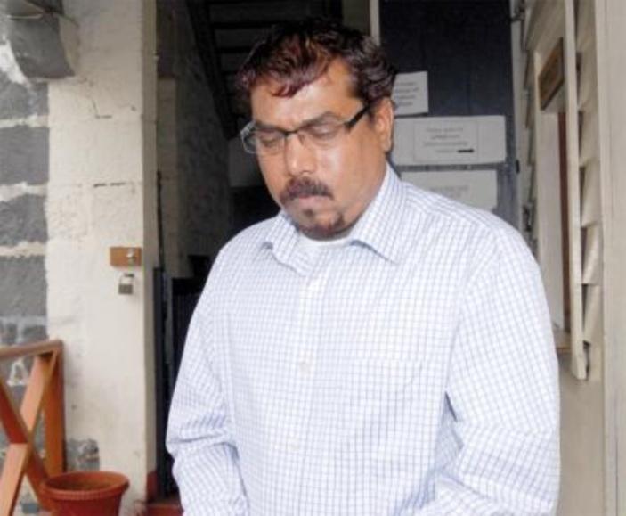 L'homme de Triolet à la valise contenant Rs 300 millions en état d'ivresse dans sa voiture
