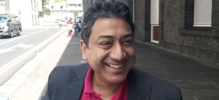 """Allégation de corruption : Sherry Singh, le CEO de Mauritius Telecom parle de """"clown"""" et de """"bouffon"""""""