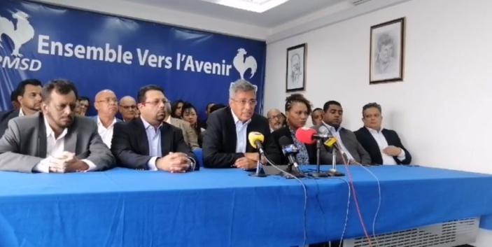Duval laisse entendre que l'entente de l'opposition va mal