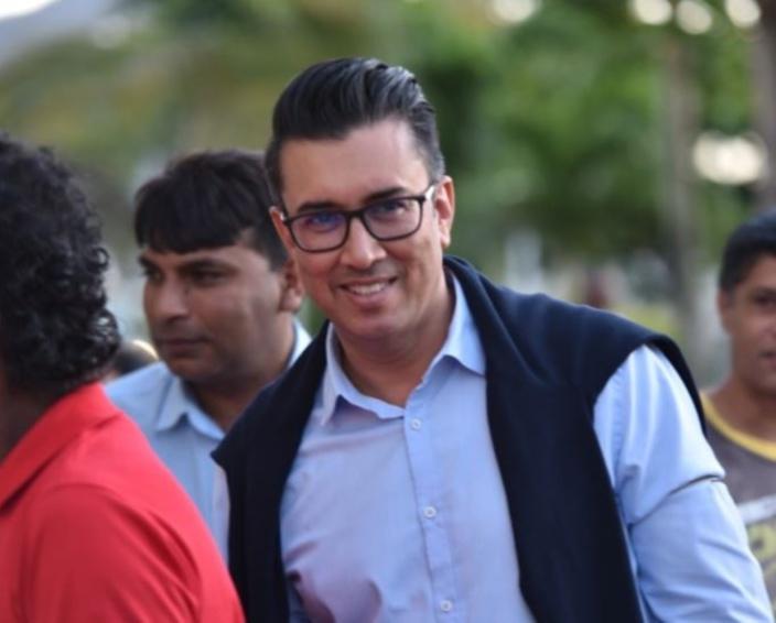 Entente de l'opposition : Shakeel Mohamed crève l'abcès