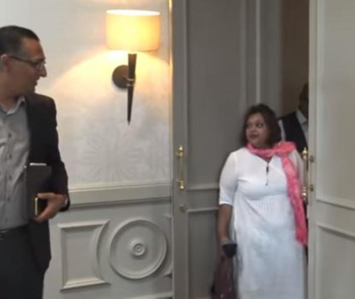 La MBC déboule en conférence de presse pour régler ses comptes avec Roshi Badhain