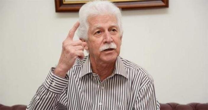 Poste de leader de l'opposition: Bérenger dit attendre une décision de Boolell