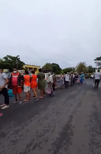 [Vidéo] Les Mauriciens par peur d'un confinement ont visité les supermarchés en grand nombre ce dimanche