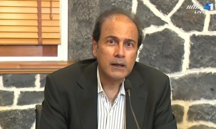 "Le ministre Steven Obeegadoo fait la promotion pour la vaccination de la Covid-19 : "" sel solution vaccination"""