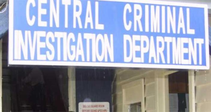 Photos compromettantes : Jenssy Sabapathee porte plainte contre un officier de la Cybercrime Unit