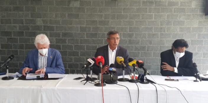 L'opposition réclame un plan d'action national sur la Covid-19