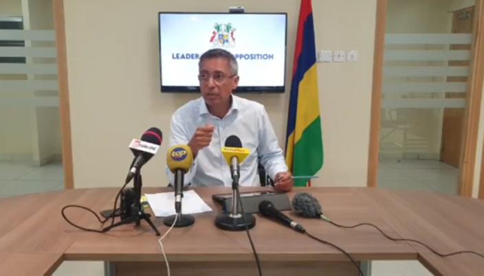 Duval s'inquiète pour la démocratie
