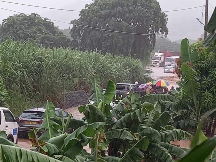 Intempéries dans le Sud, Sud-Est de l'île : montée des eaux et maisons inondées