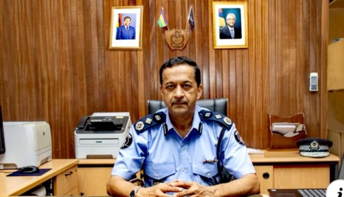 Khemraj Servansing rempile pour trois mois comme commissaire de police