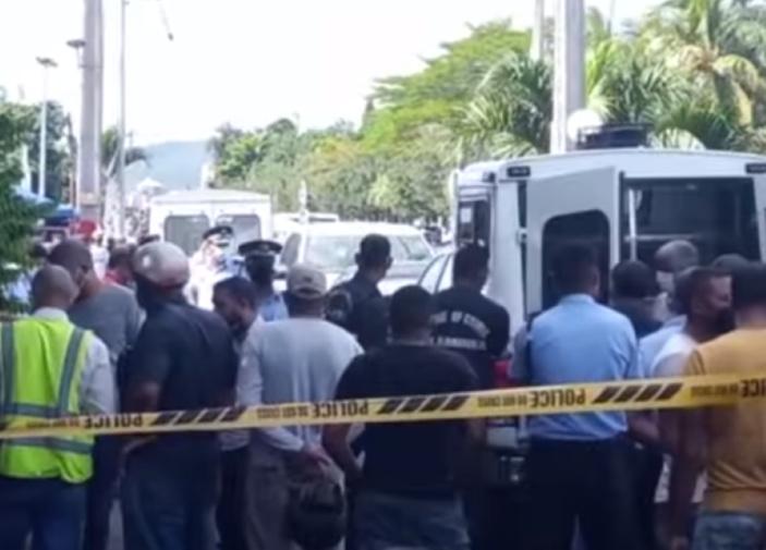 Un corps retrouvé dans un réfrigérateur à Résidence Vallijee