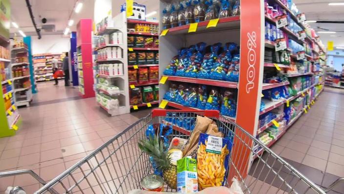 Le consommateur mauricien survivra-t-il aux diverses flambées de prix qui s'annoncent ?