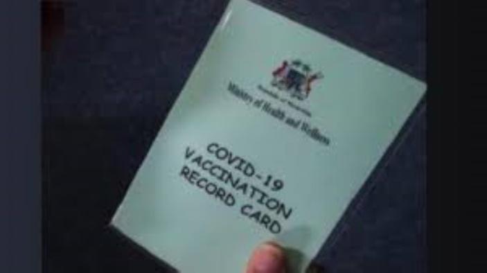 Qui au ministère a vendu les cartes de vaccination ?