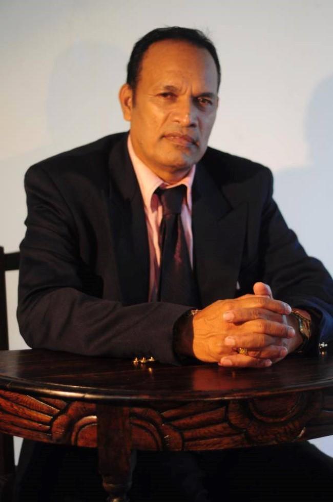 Une histoire de baffes : Le Dr Madhewoo fait l'objet d'une plainte